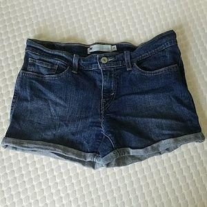 LEVI'S stretch dark wash denim jean shorts…